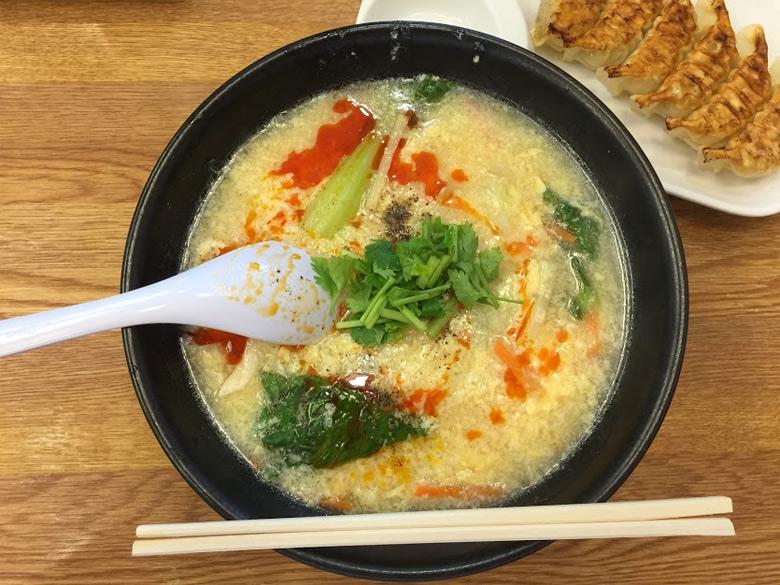 パクチー酸辣湯麺