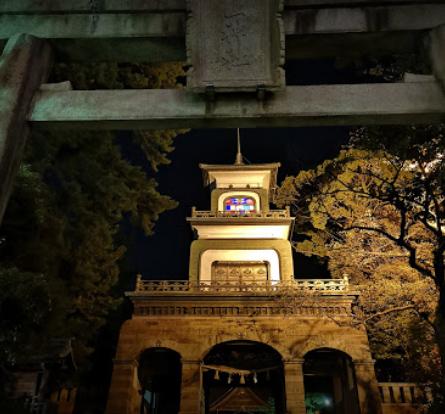 尾山神社 ステンドグラス