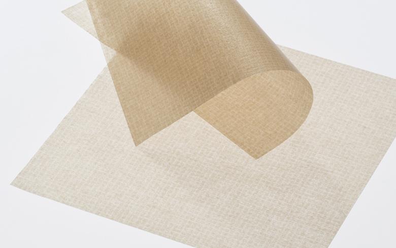 「金箔打紙製法」でつくったあぶらとり紙