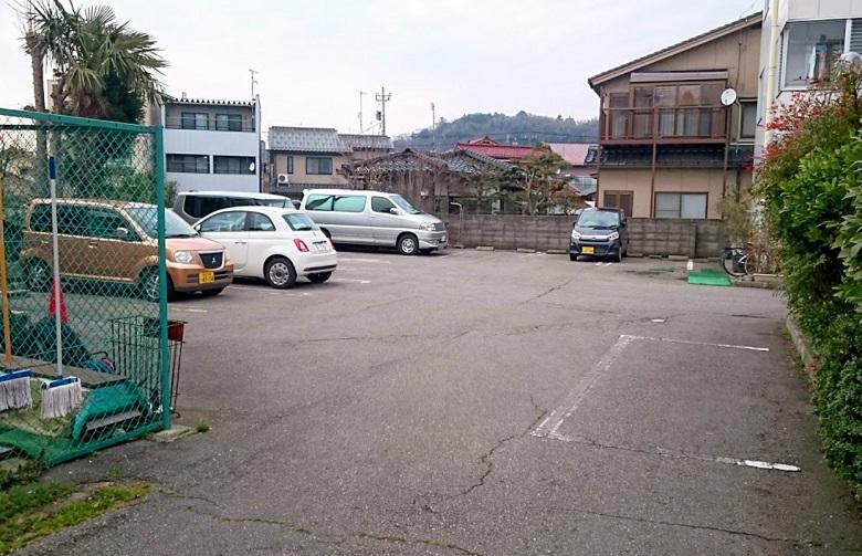 兼六温泉 駐車場
